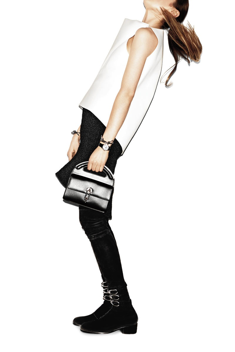 hbz-august-2013-10-key-pieces-the-handheld-bag-xln